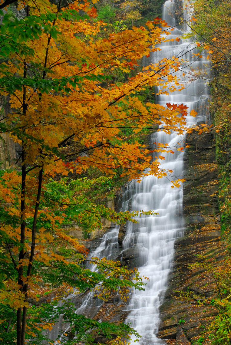 Pratts Falls in Autumn, New York State