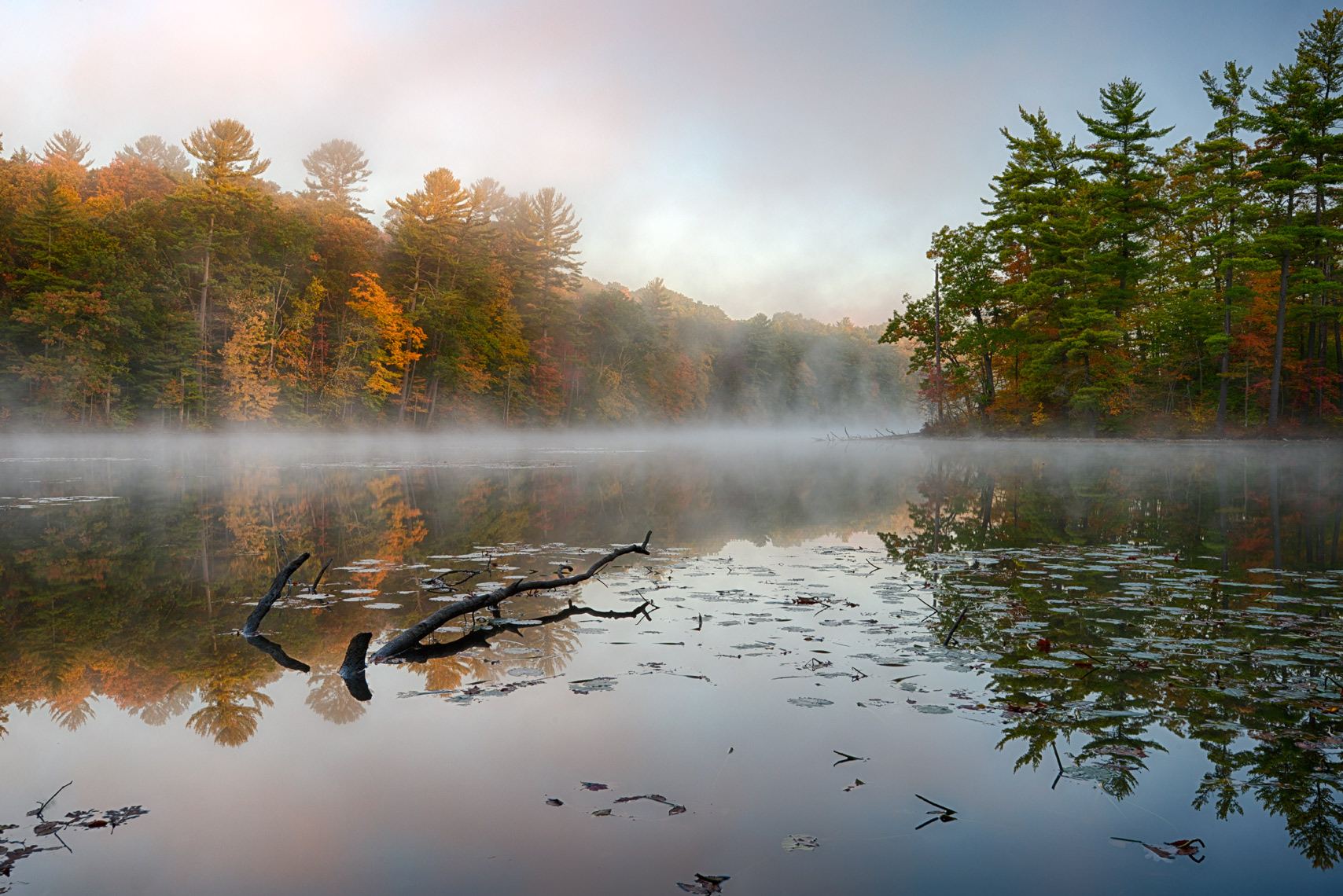 Autumn Morning on CHenango Lake, Chenango Forks State Park, New York State