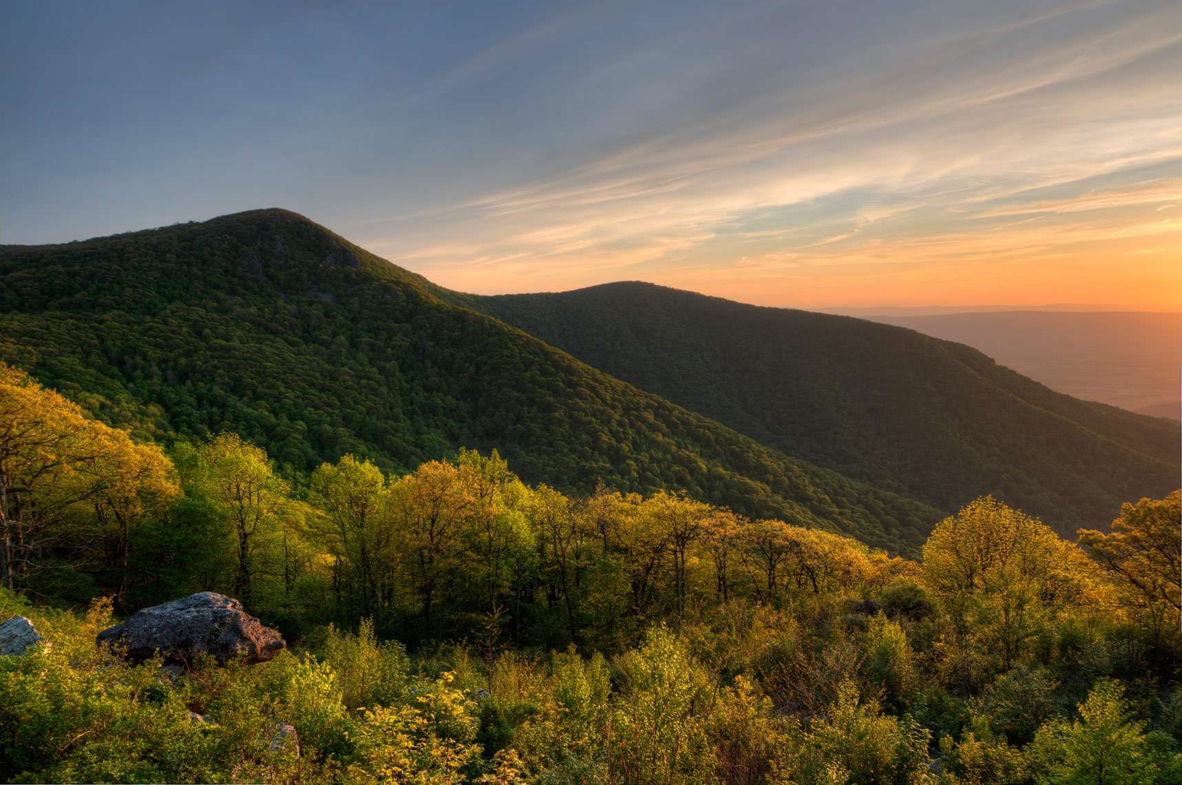 Hawksbill Summit at sunset, Shenandoah National Park, Virginia